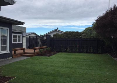christchurch-willow-landscapes-character-home-deck-wooden-stairs-stained-ready-lawn-entertainment-area-carl-gildea